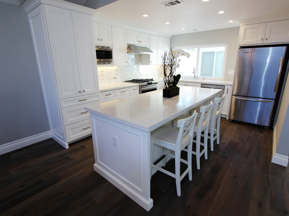 Irvine White Transitional L Shaped Kitchen And Bathroom Remodel With Custom Cabinets